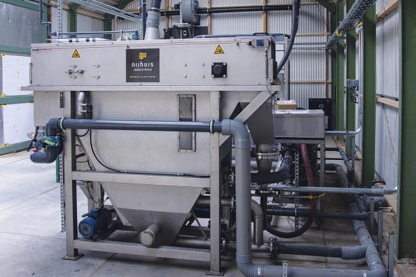 aq84waterfabriekfoto3.jpg